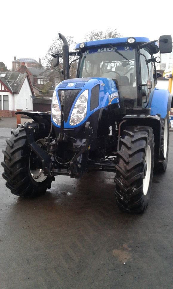 New Holland T7.185 AC Tractor