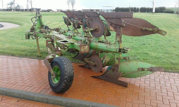 Dowdswell DP100S Plough
