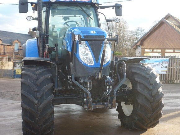 New Holland T7.210 AC Tractor